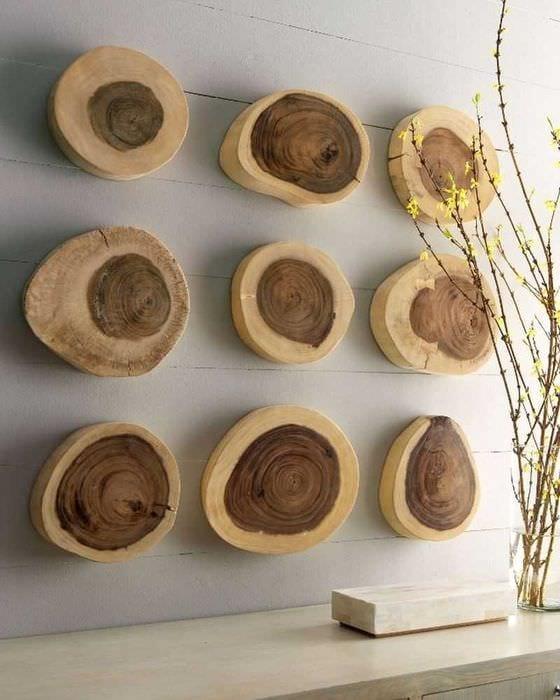 идея оригинального украшения комнаты деревом своими руками