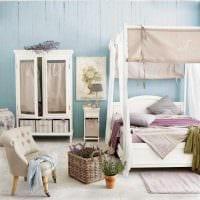красивый дизайн гостиной в голубом цвете картинка