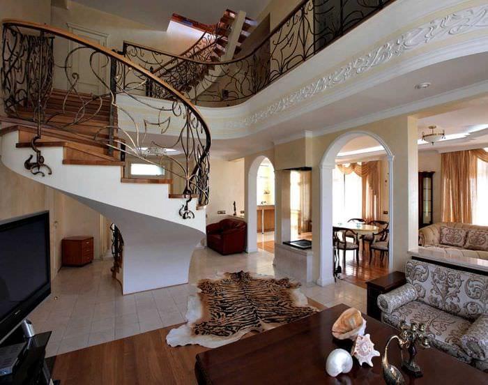 яркий интерьер квартиры в стиле модерн