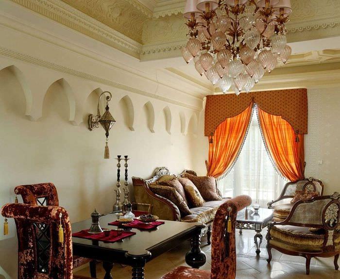 яркий стиль комнаты в восточном стиле