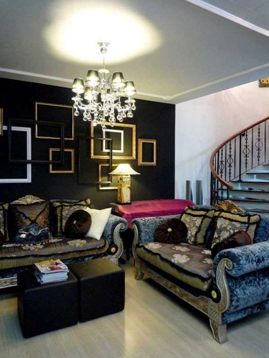 яркий стиль спальни в готическом стиле