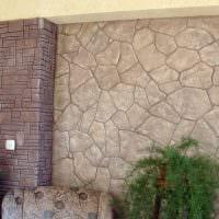 необычный гибкий камень в интерьере гостиной картинка