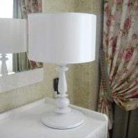 светлое украшение абажура лампы подручными материалами фото