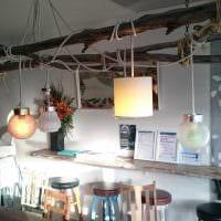 классическое декорирование потолка дополнительном светом картинка