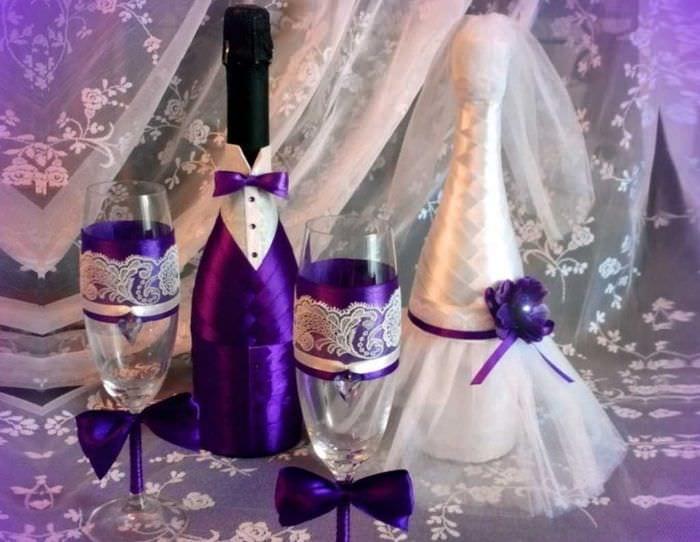необычное оформление бутылок декоративными ленточками
