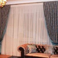 классическое украшение окон цветами фото
