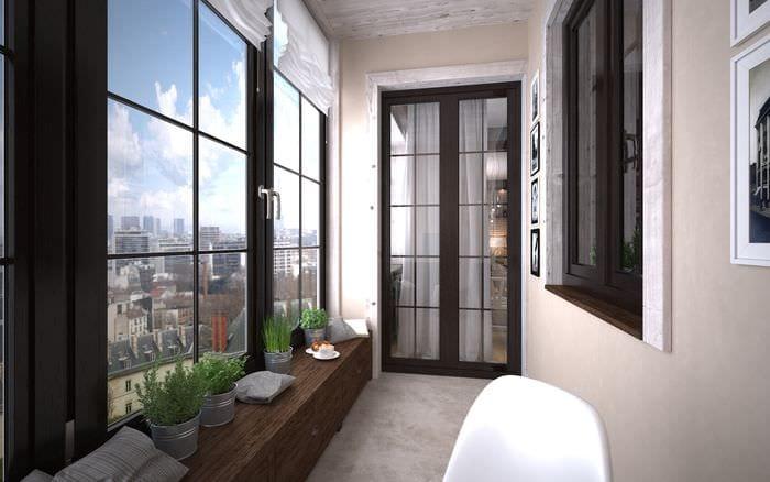 ideya-krasivogo-dekora-malenkogo-balkona.jpg