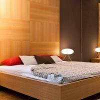 идея яркого дерева в дизайне комнаты фото