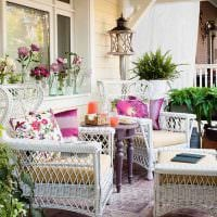 вариант красивого стиля веранды в доме фото