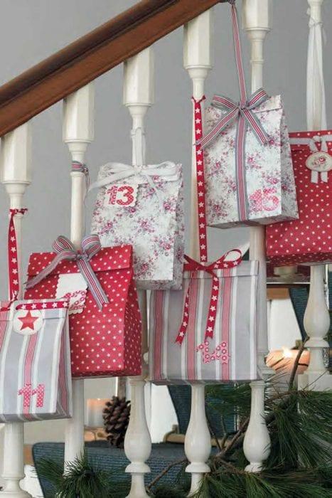 вариант праздничного декорирования предметов своими руками
