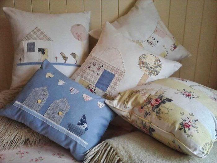 идея необычных декоративных подушек в стиле гостиной