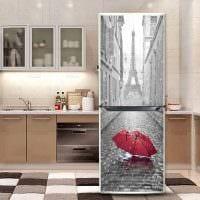 вариант необычного украшения холодильника картинка