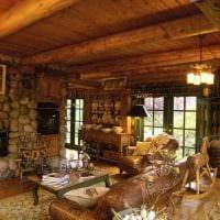 вариант яркого интерьера дома в деревне фото