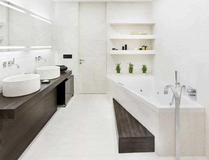 вариант красивого стиля белой ванной