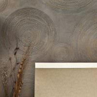 вариант красивого декора комнаты с декоративным рисунком на стене картинка