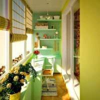 идея необычного интерьера маленького балкона картинка