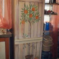 вариант красивого декорирования холодильника картинка