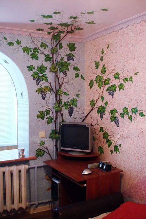 Чем нарисовать дерево на стене своими руками