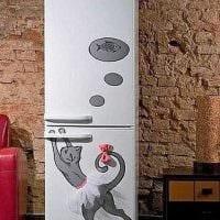 идея оригинального оформления холодильника картинка