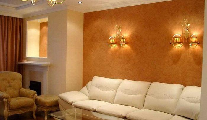 вариант необычного фасада комнаты с декоративной штукатуркой