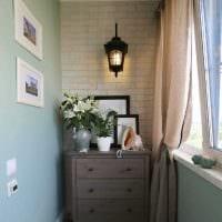 идея красивого интерьера маленького балкона картинка