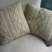 идея современных декоративных подушек в стиле гостиной фото