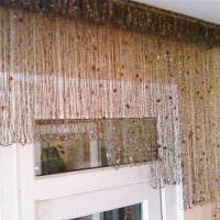 вариант необычных декоративных штор в стиле квартиры картинка