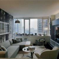 идея яркого интерьера гостиной комнаты 17 кв.метров фото