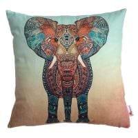 вариант красивых декоративных подушек в интерьере спальни картинка