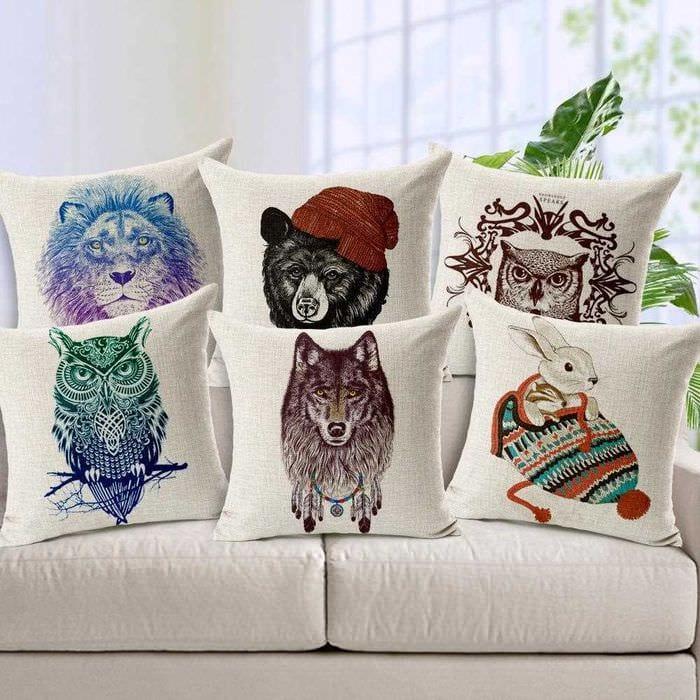 идея оригинальных декоративных подушек в стиле гостиной