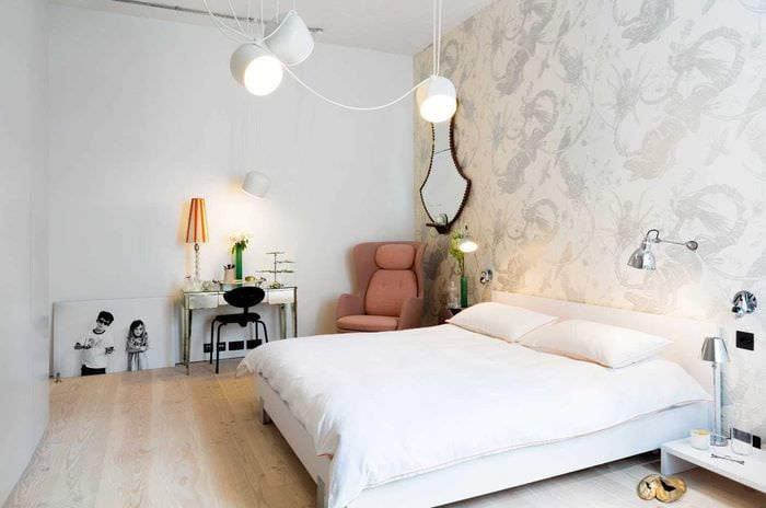 вариант оригинального декорирования стиля спальной комнаты