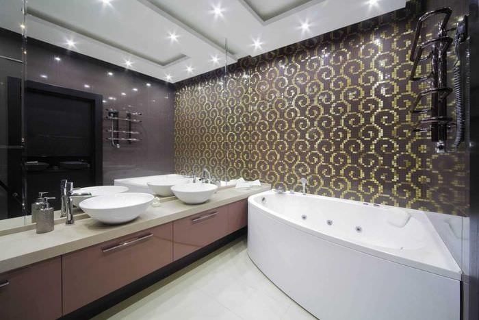 вариант необычного интерьера ванной