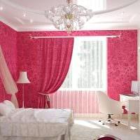 вариант яркого интерьера спальни для девочки фото