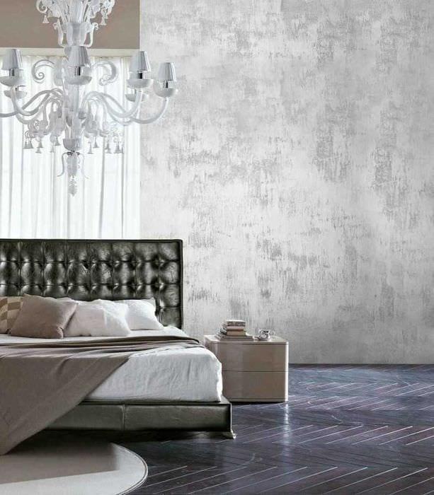 вариант оригинальной декоративной штукатурки в интерьере спальни под бетон