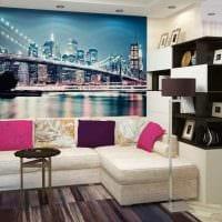 вариант яркого дизайна гостиной комнаты 17 кв.метров картинка