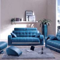 вариант красивого интерьера комнаты с диваном фото