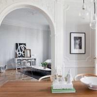 вариант оригинального дизайна гостиной с аркой картинка