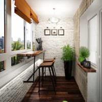 вариант необычного дизайна небольшого балкона фото