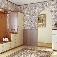 вариант яркого декора коридора фото