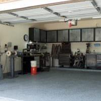 идея яркого интерьера гаража картинка