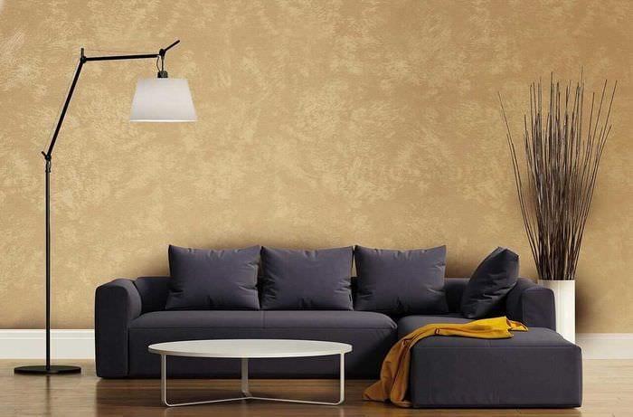 вариант яркого интерьера комнаты с декоративной штукатуркой
