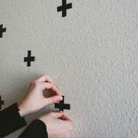 идея яркого декорирования стен фото