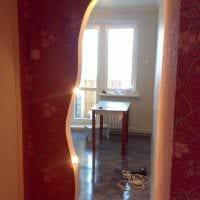 вариант необычного декора гостиной с аркой фото