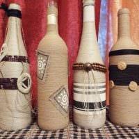 вариант красивого декорирования стеклянных бутылок солью фото