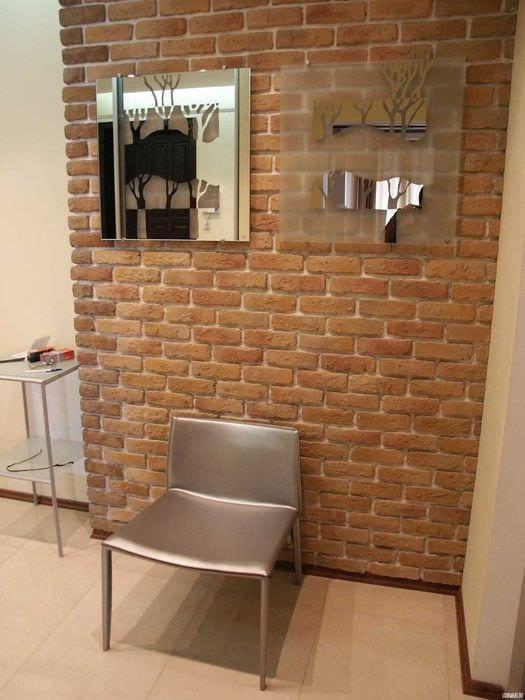 вариант применения оригинального декоративного кирпича в интерьере квартиры