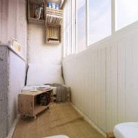 вариант современного интерьера небольшого балкона фото