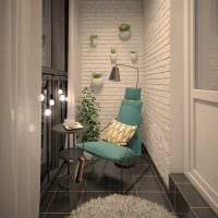 вариант современного декора небольшого балкона фото