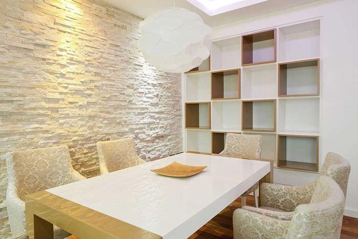 идея оригинального декоративного камня в стиле квартиры