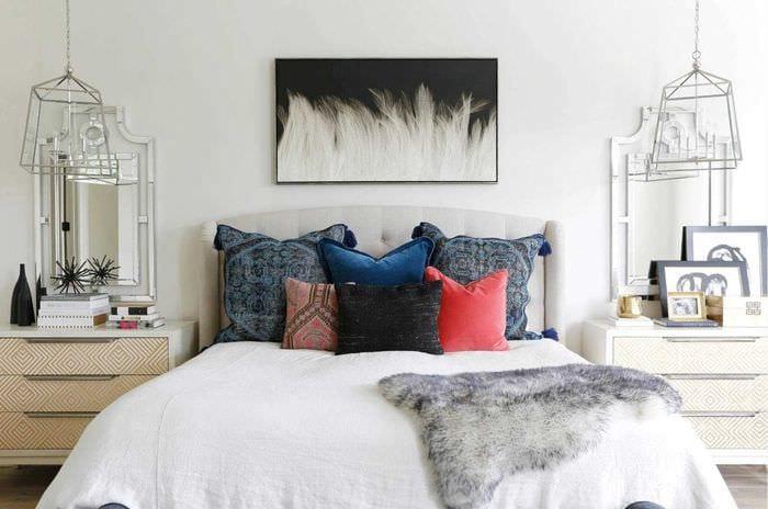 вариант необычного декорирования стиля спальни