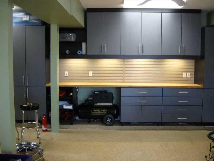 идея современного интерьера гаража